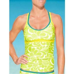 Athleta Aloha Cast Away Tankini and Scrunch Shorts
